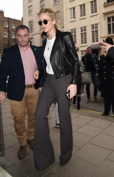 Jennifer Lawrence at her hotel in London 15