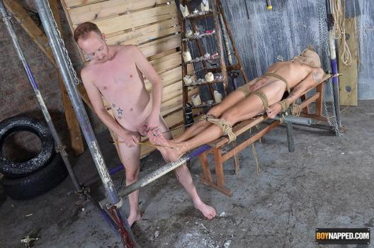 BN – Xavier Sibley & Sean Taylor – Woot Wanking With A Tied Up Boy