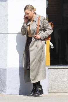 Abbie Cornish on her phone in Beverly 1