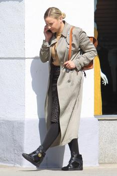 Abbie Cornish on her phone in Beverly 3