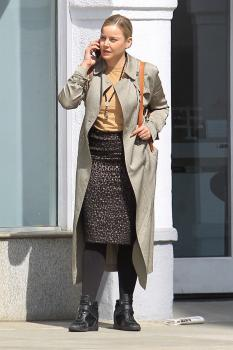 Abbie Cornish on her phone in Beverly 10