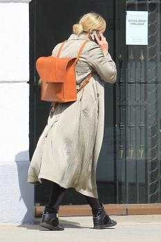 Abbie Cornish on her phone in Beverly 11