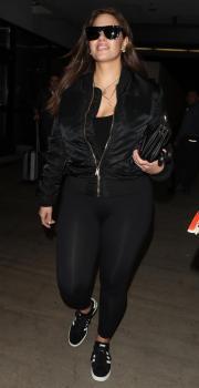 Ashley Graham arrives in LA 3/12/18 1