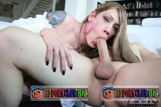 PureTs.com – Kimber Haven – Is A Slutty Babe That Craves Cock [HD 720p]