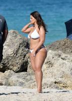 Ashley Graham  Models bikinis on a 3