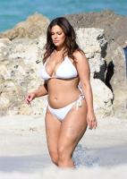 Ashley Graham  Models bikinis on a 28