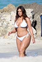 Ashley Graham  Models bikinis on a 29