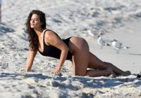Ashley Graham  Models bikinis on a 121