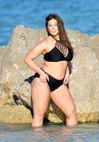Ashley Graham  Models bikinis on a 174